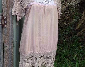 flapper inspired long top, bohemian shift, alternative tunic, pink silk + vintage lace + crochet, medium