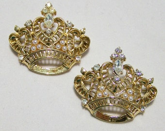 Pair Rhinestone Crown Scatter Pins Gold Tone Setting Faux Pearl Brooch 316FG