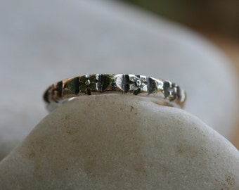 Engraving Ring, Solid Silver Ring, Stacking Silver Band,  Handcrafted Ring, Sterling Silver Band, Flower Engraving,