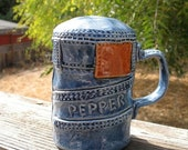 MINT Condition SITTRE CERAMIC Blue Jean Pepper Shaker  1976 Signed Highly Collectible