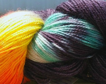 Hand Dyed Superwash Blue Faced Leicester Nylon Sock Yarn,Shot in the Dark Green Orange Yellow, 407 Yards