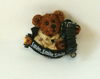 VINTAGE Boyd's Bear, BEARWARE, Flash McBear Resin Lapel Pin