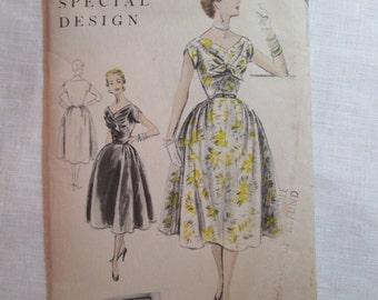 """Antique 1954 Vogue Pattern #S-4494 -  size 30"""" Bust"""