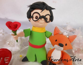 NEW--Custom wedding cake topper--Love boy & fox couple with circle clear base