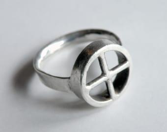 Wheel Ring in Silver
