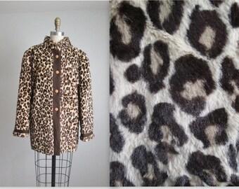 STOREWIDE SALE Faux Leopard Fur Jacket // Vintage 1970's Faux Leopard Print Fur Jacket L