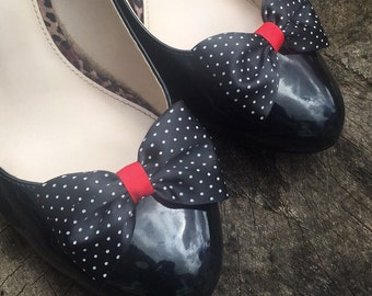 Polkadot Shoe Clips 4 Shoes Black Red Pinup Burlesque Bows by Seriously Sassyx