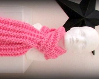 scarf - knit scarf - hand knit scarf - hand made scarf - acrylic scarf - pink scarf - soft pink scarf - warm scarf - ruffle scarf - pink