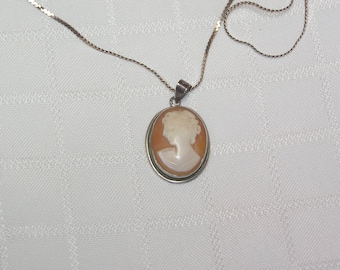 Vintage shell Cameo..silver Made in Italy necklace pendant