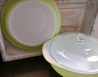 Vintage Lime Green Pyrex Baking Set Mint Condition