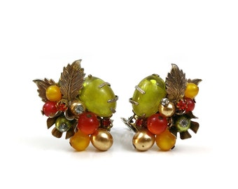 Vintage Clip-on Earrings / Bead Cluster / Fruit Salad Costume Jewelry