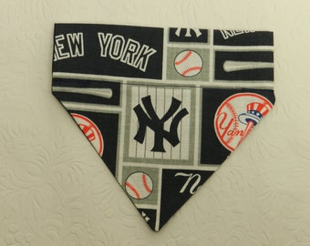 I'm a Yankee Fan! MLB NY New York YANKEE Baseball Game Team Bandana. Made for a Ferret, Dog and Cat. Reversible 2 in 1 Over the Collar.