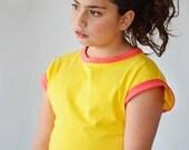 Girl's yellow cap sleeve T shirt