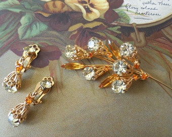 Navette Rhinestone & Gold Filigree Brooch and Earrings Set in Green and Amber    NAH41