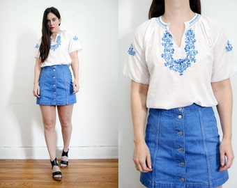 Vintage 70's Embroidered Bohemian Hungarian Folk Floral Peasant Blouse Top