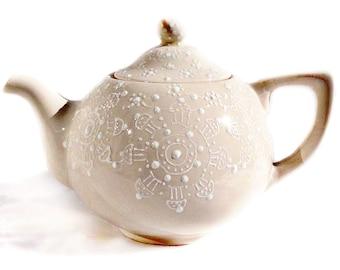 Cream White Lace Teapot -  Lace Tea Pot - Shabby Chic Tea Pot - Gift for Her - Cottage Teapot - Gift For Mom - One Of A Kind Tea Pot