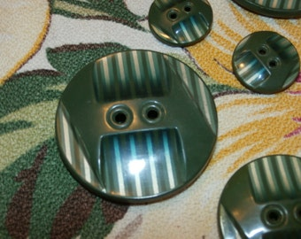 Beautiful Set of 7 Vintage Celluloid Tight Top Buttons, Neat Deco Design 3 Sizes, Green Gold