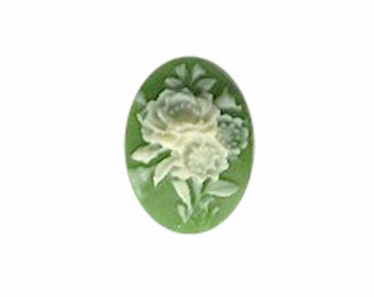 Green and Ivory Flower Bouquet Resin Cameo cabochon 18x13mm  jewelry finding 976R