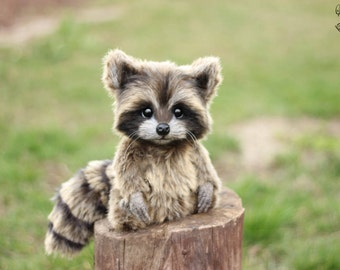 Baby raccoon (made to order)