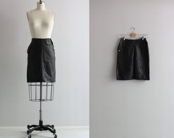 Black Leather Skirt . Vintage High Waist Skirt . Motorcycle Chick Skirt with Pockets