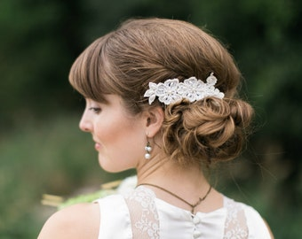 Bridal pearl comb, Wedding Pearl Comb, Bridal Pearl hairpiece, Wedding lace comb, Bridal lace headpiece,Wedding ivory hair piece,bridal comb