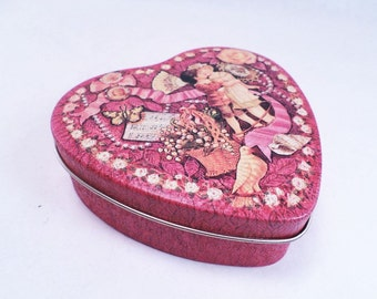 Cookie Tin Heart Shaped Valentine's Day Vintage 80s