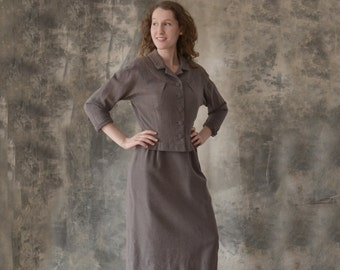 1950s Brown Fine Wool Ladies Suit size S
