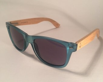 Wayfarer style sunglasses with Bamboo arms