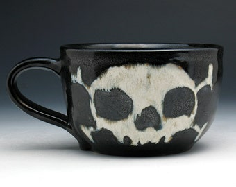 Shaving Mug, Black Glazed Skull & Crossbones Shaving Cup