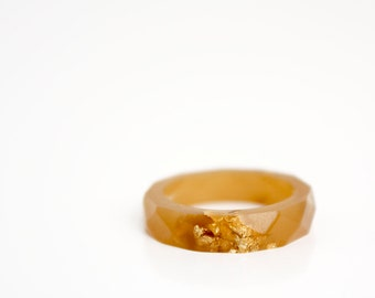 girlfriend gift size 5.5 caramel and gold  thin multifaceted eco resin band ring