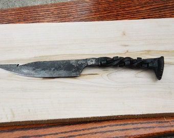Blacksmith Hand-forged Railroad Spike Steel Knife
