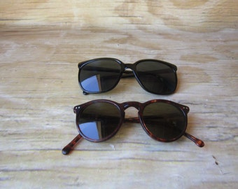 Vintage Black or Tortoise Shell  Sunglasses