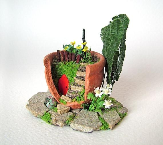 how to break a terracotta pot for fairy garden
