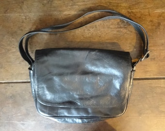 Vintage English Leather Black Soft Ladies Handbag Carry Case Shoulder Carrier Soft Accessories Hand Bag circa 1970-80's / English Shop