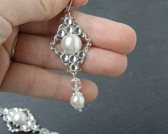 Bridal earrrings, wedding earrings, Bridesmaid earrings, wedding jewelry, victorian earrings, pearl & crystal earrings, chandelier earrings