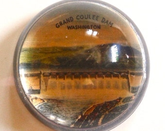 Take 20% off Vintage Grand Coulee Dam Round Glass Paperweight Souvenir