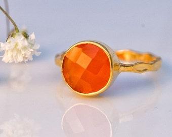 WINTER SALE - Carnelian Ring - Gemstone Ring - Stacking Ring - Gold Ring - Round Ring