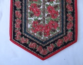 Christmas Poinsettia quilted table runner, Ready to ship