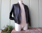 Vintage Mens Small Medium Size 40 Cherokee Black Leather Racer Jacket Fitted Moto Motorcycle Jacket Biker Rider Coat Bomber Aviator Hipster