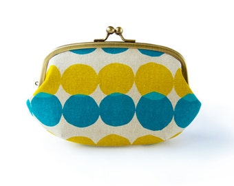 Yellow and Blue Drops Large Round Pouch