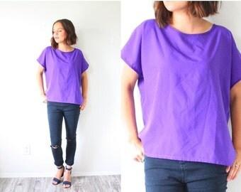 30% OFF out of town SALE Vintage oversized purple blouse // bright purple boxy blouse // loose slouchy fit blouse // Boho blouse top purple