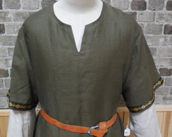 Historical Viking, Medieval linen tunic with Nordic trim - size L - ships today!
