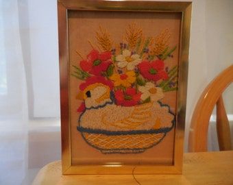 Vintage 1960s to 1970s Gold Tone Metal Framed Crewel Chicken Small With Flowers White/Yellow/Red/Green/Gold/Blue Kitchen Decor
