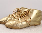 Vintage 80s 90s - LA GEAR - Metallic Gold Faux Leather - Lace Up Ankle Boots - Booties - Shoes - Womens Size 7.5