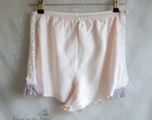 Luxury gift for her: woman size L lingerie silk satin panties in pale rose with lace.