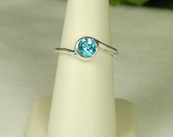Blue Topaz Ring, Size 9, Swiss Blue Topaz, December Birthstone, Sterling Silver, Blue Solitaire, Bright Blue Gemstone, Bypass Setting