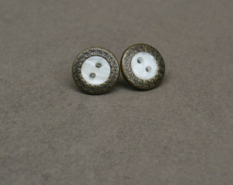 Small vintage button earrings