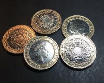 Celtic England Coin Necklace.  UK Coin Pendant  Charm. 2 Pound. Elizabeth. UK Britain British  No.00675