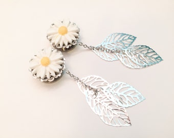 "3/4 inch Dangle Daisy Plugs Flower Gauges, 11/16"" 18mm Ear Plugs, 9 Colors Silver Leaf Dangles 13/16"" 20mm Body Jewelry"