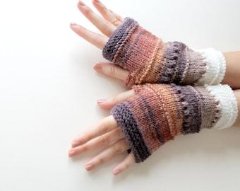 Fingerless gloves . Marsala . Chiristmas gift . Winter collection . Valentines day . Mothers day gift . Batik desing . Handmade Glove